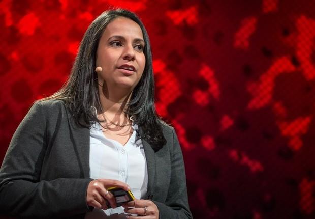 Neha Narula, pesquisadora, durante sua palestra doTED (Foto: Reprodução/TED)