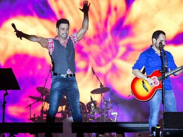 Zezé Di Camargo & Luciano na Festa do Peão de Americana  (Foto: Adilson Silva/Foto Perigo)