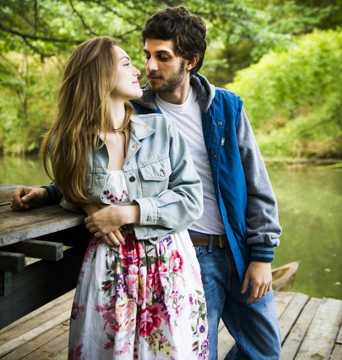 Isabelle Drummond e Chay Suede viveram história de amor (Foto: João Miguel Júnior / Globo)