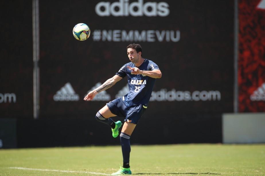 Donatti ganha vaga de Rafael Vaz; Romulo segue fora contra o Vasco