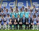 Para homenagear colega, jogadores do Reading se disfarçam em foto oficial