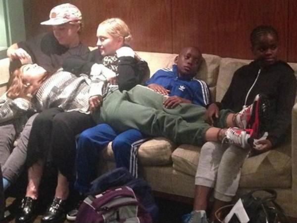 Madonna com os filhos (Foto: Reprodução Instagram)