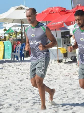 Leandro euzébio e capixaba, cabofriense (Foto: Andreia Maciel / Cabofriense)