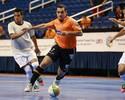 Flávio marca, Carlos Barbosa goleia e larga na frente no Mundial de Clubes