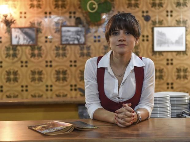 Bianca Comparato na srie 'Romance Policial - Espinosa' (Foto: Pprica Fotografia)