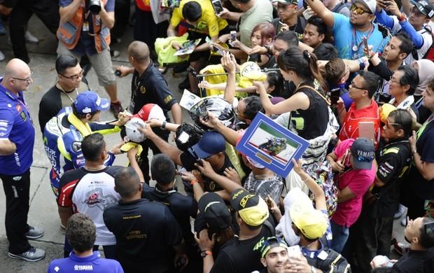 """BLOG: MM Artigos Imperdíveis - """"Não é fácil ser Valentino Rossi"""" - de Chechu Lázaro para motociclismo.es..."""