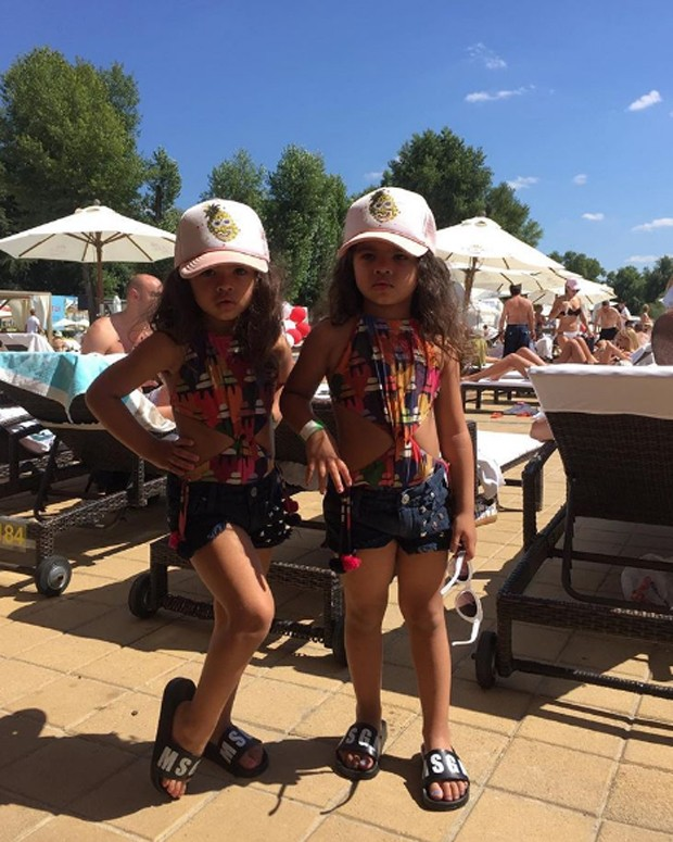 Rafaella e Sofia, filhas de Dani Souza e Dentinho (Foto: Reprodução/Instagram)