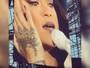 Rihanna chora ao ver reação do público durante música romântica