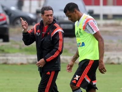 Vanderlei Luxemburgo no treino do Flamengo (Foto: Gilvan de Souza / Flamengo)