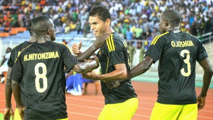 Jajá tenta recomeço no futebol da Tanzânia (Foto: Salehjembe)