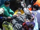 Taiwan resgata 2 pessoas vivas de escombros 50 horas após terremoto