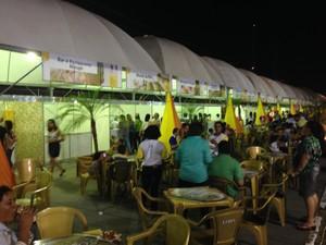 Festival Gastronômico comercializa pratos a R$ 5 na Expofeira (Foto: John Pacheco/G1)