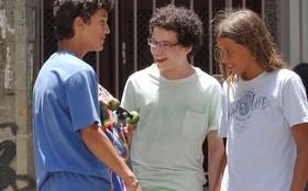 Último capítulo: Francisco supera a perda do pai convivendo com amigos de sua idade