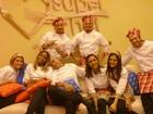 Segunda-feira foi dia de estreia: Ana Maria recebeu famosos do Super Chef