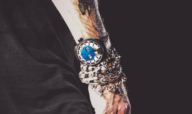 Relógio de Axl Rose (Foto: Reprodução)
