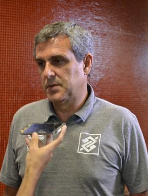 José Roberto Guimarães, técnico da seleção feminina de vôlei (Foto: Jota Rufino/GloboEsporte.com)