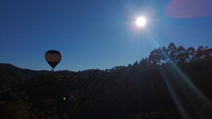Mistura em passeio de balão (Foto: RBS TV/Divulgação )