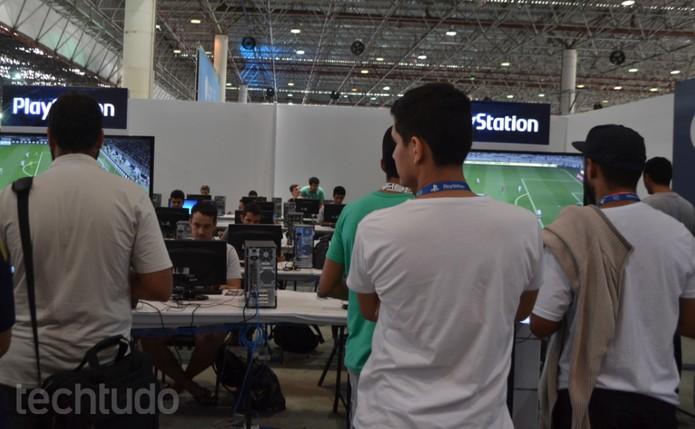 Espaço Free Play traz competições de PES 2016 (Foto: Diego Borges / TechTudo)