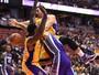 Lakers voam após o intervalo, viram e passam pelos Kings na Califórnia