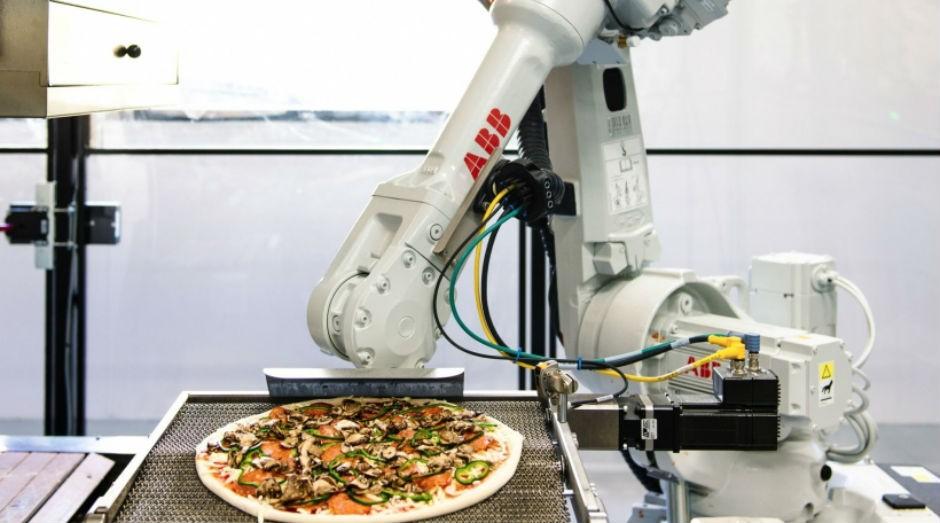 A empresa americana Zume Pizza investe em robôs para a sua produção e em embalgens biodegradáveis  (Foto: Divulgação)