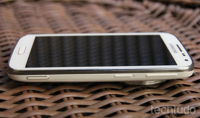Galaxy K Zoom tem uma tela de 5 polegadas (Foto: Marlon Câmara / TechTudo)