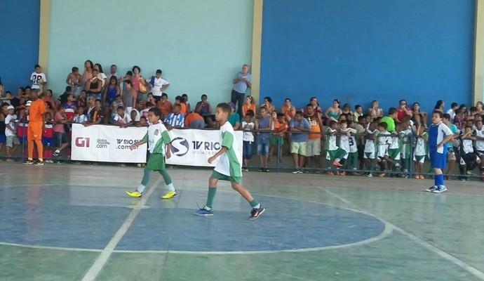 1ª etapa do Festival Dente de Leite de Futsal, em Pinheiral (Foto: Renata Loures/TV Rio Sul)