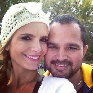 Luciano Camargo e a mulher (Foto: reprodução/Instagram)