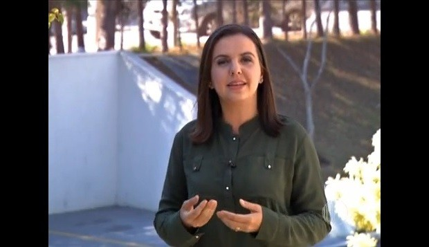 Apresentadora Fernanda Monteiro  (Foto: Reprodução / TV Diário)