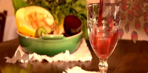 Suco rosa, com beterraba (Foto: Reprodução/RBS TV)