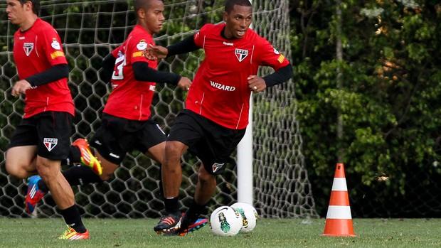 Paulo Miranda treino São Paulo (Foto: Luiz Pires/VIPCOMM)