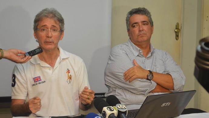Nelson Lira e Ariano Wanderley, presidente e vice-presidente do Botafogo-PB, em coletiva de imprensa (Foto: Cadu Vieira / GloboEsporte.com/pb)