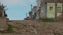 Falta de pavimentação atrapalha a acessibilidade (Reprodução/TV Asa Branca)