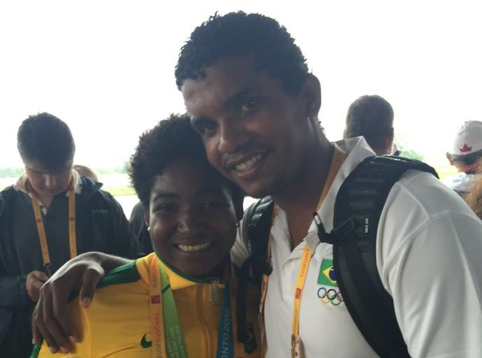Valdenice Conceição, ao lado do técnico Figueiroa Conceição,  canoagem, pan de Toronto (Foto: GloboEsporte.com)