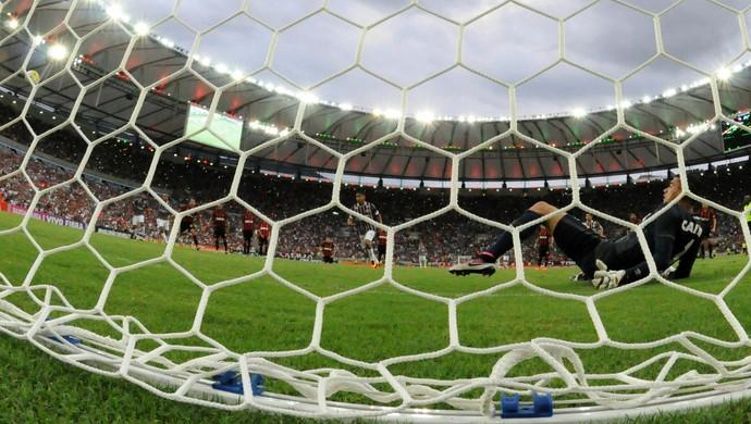 Goleiro Santos Atlético-PR (Foto: André Durão)