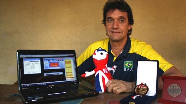 Boni, estatístico da seleção brasileira feminina de vôlei (Foto: Cleber Akamine / globoesporte.com)