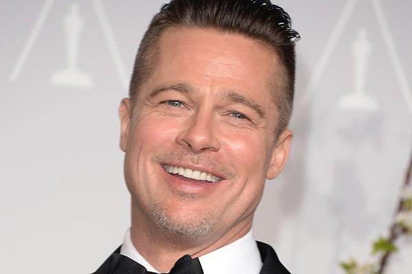"""Sobre a fama, Brad Pitt é curto e grosso: """"A fama faz com que você sinta que é uma garota passando constantemente por trabalhadores de uma obra"""". (Foto: Getty Images)"""