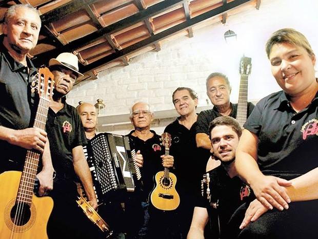 Grupo Carinhoso se apresenta no Teatro Trianon em Campos, RJ (Foto: Patrícia Bueno/Divulgação)