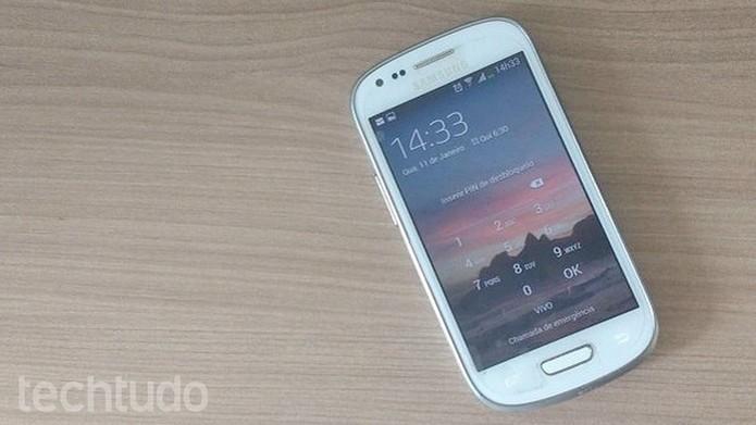 Samsung Galaxy S3 mini tem função para tirar print de tela (Foto: Isabela Giantomaso/TechTudo)