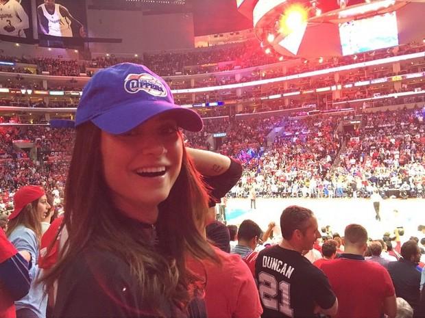 Thaila Ayala assiste a jogo de basquete nos Estados Unidos (Foto: Instagram/ Reprodução)