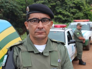 Coronel Alberto Menezes comanda a operação na Zona Sul de Teresina (Foto: Gil Oliveira/ G1)