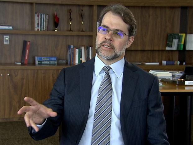 O presidente do TSE, ministro Dias Toffoli, durante entrevista na sede do tribunal (Foto: Reprodução / TV Globo)