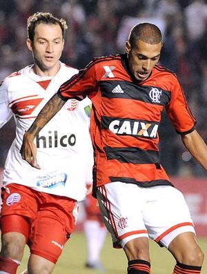 Paulinho jogo Flamengo contra Náutico (Foto: Alexandre Vidal / Fla Imagem)