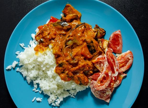Arroz e carne ao molho (Foto: Thinkstock)