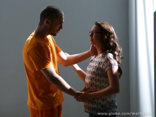Ai que fofo este momento do Sal e da Luana, né? (Foto: Malhação/TV Globo)