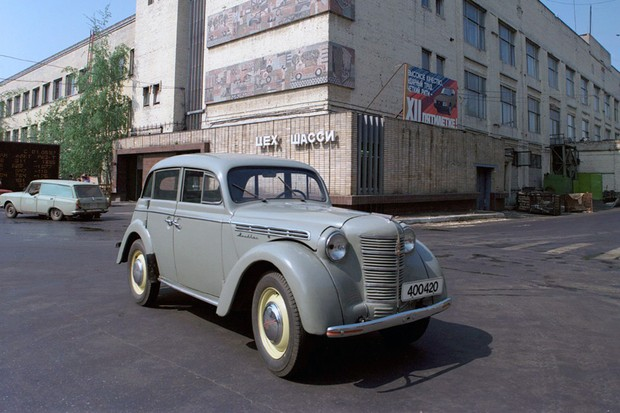Moskovitch 400 era uma versão russa do Opel Kadett (Foto: Divulgação)