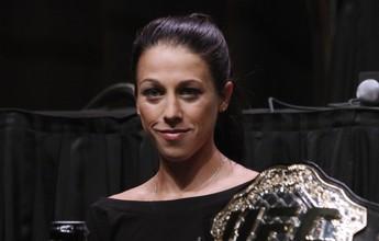 Joanna Jedrzejczyk supera recorde histórico de favoritismo de Ronda