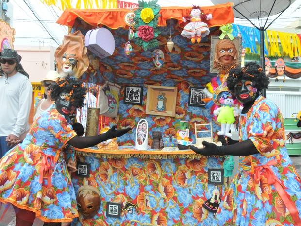 Participantes vestidos de Negrinhas da Serra venceram o Concurso dos Papangus (Foto: Divulgação/Ascom Bezerros)