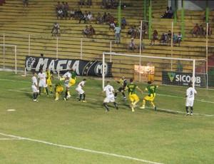 Lance do amistoso entre Estrela do Norte e Rio Branco-ES (Foto: Divulgação/Estrela do Norte FC)