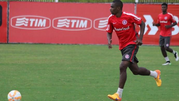 Juan Inter treino (Foto: Eduardo Deconto/GloboEsporte.com)
