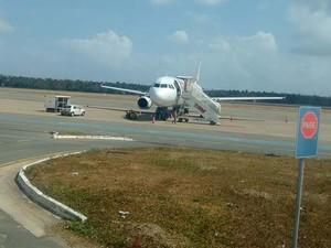 [Brasil] Pneu de avião da TAM estoura em pouso no Aeroporto de São Luís Img_3370